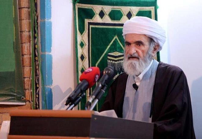 ماموستا خدایی: امام خمینی (ره) تعریف جدیدی از مردم سالاری به جهانیان عرضه کرد