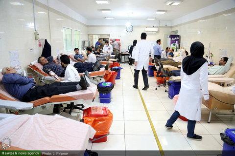 تصاویر/ اهدای خون خبرنگاران استان قم