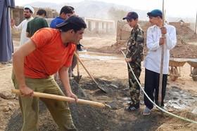 طلاب جهادی اسفراین دو منزل سیلزدگان را بازسازی کردند