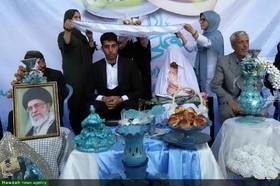 تصاویر/ مراسم ازدواج زوج جوان همدانی در سالروز ازدواج امام علی(ع) و حضرت فاطمه(س) در کنار مزار شهدای گمنام