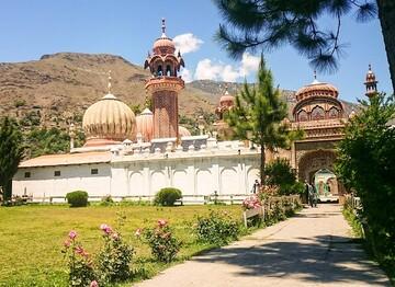 طرح مرمت مسجد شاهی در پاکستان به دلیل کمبود بودجه ناتمام مانده است