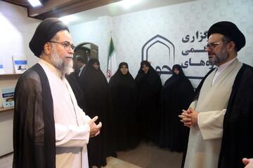 فیلم  بازدید مدیر و معاونین جامعة الزهرا(س) از رسانه رسمی حوزه