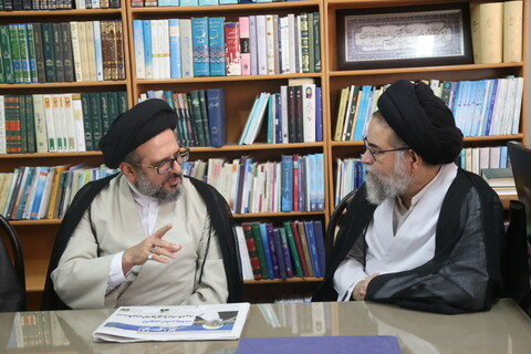 تصاویر/ بازدید مدیر و معاونین جامعة الزهرا (س) از رسانه رسمی حوزه