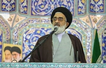 بعد از ترور سردار سلیمانی، نباید حرفی از مذاکره زده شود/با بر هم زنندگان فضای مذهبی قم برخورد شود