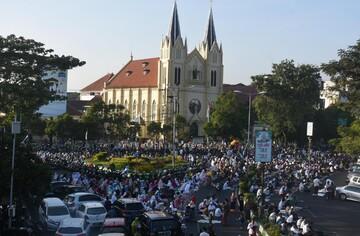 همدلی مسیحیان و مسلمانان اندونزی در ایام عید سعید قربان