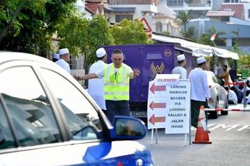 بوداییان سنگاپور برای برپایی نماز عید قربان به مسلمانان کمک کردند
