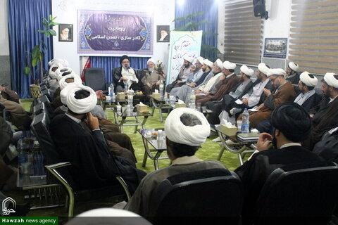 """بالصور/ انعقاد ندوة تخصصية بعنوان """"رجال الدين؛ الرابطة العلمية والحضارة الإسلامية"""" في بجنورد شمالي شرق إيران"""