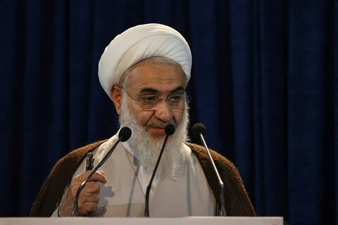 عبدالکریم عابدینی - نمازجمعه قزوین
