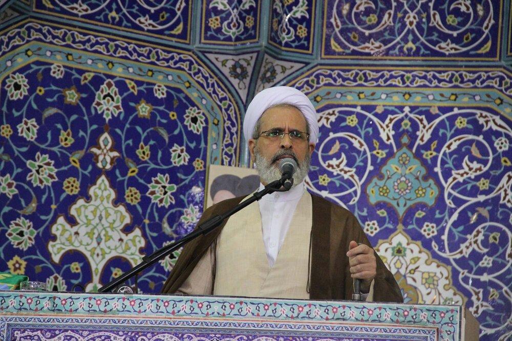 برای قطع وابستگی به بیگانگان باید حوزه و دانشگاه کنار هم قرار گیرند/ کشورهای مرتجع حق حرف زدن درباره انتخابات ایران ندارند