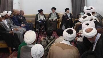 دیدار ائمه جماعت مشهد با آیتالله حکیم در نجف