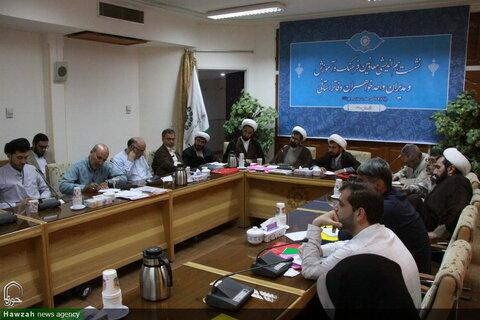 تصاویر/ نشست هماندیشی معاونین فرهنگ و آموزش و مدیران واحد خواهران دفاتر استانی