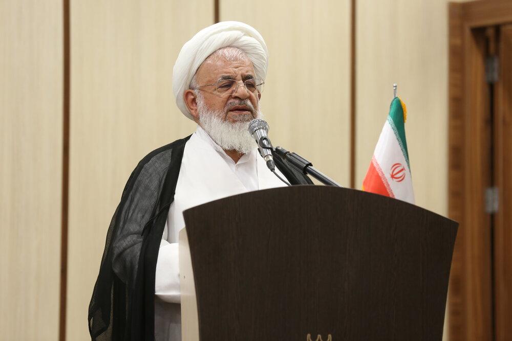 ایران زیر بار تهدیدهای آمریکا نمیرود   مردم فریب بازیهای دشمن در فضای مجازی را نخورند