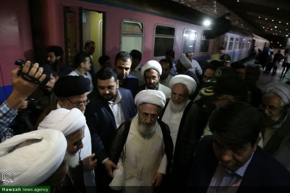 تصاویر/ استقبال از آیتالله العظمی سبحانی در راهآهن یزد