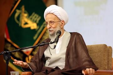 دین فروشان شرم کنند / دین در جامعه اسلامی مظلوم واقع شده است