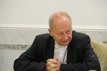 اجازه نمیدهیم دولت فرانسه استقلال کلیسا را زیر سؤال ببرد