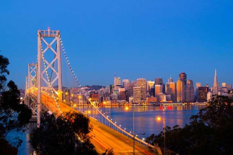 بزرگداشت ماه «مشارکت و آگاهی رسانی اسلامی»  در اوکلند آمریکا