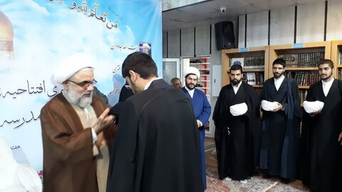 تصاویر/ آمادگی تبلیغی طلاب مدرسه علمیه دارالسلام تهران جهت اعزام در ایام محرم