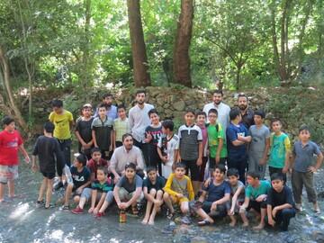 اردوی تفریحی ویژه والدین دانش آموزان پرند برگزار شد+ عکس