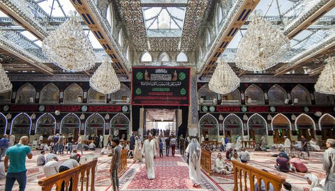 بالصور/ مرقد الامام الحسين عليه السلام يتشح بالسواد لشهر محرم