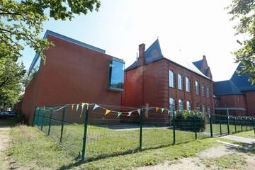 عدم مجوز دولت بلژیک به افتتاح مدرسه اسلامی