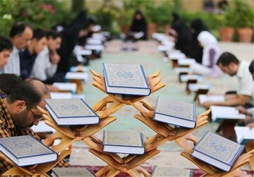 والدین، فرزندان را قرآنی تربیت کنند