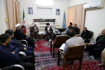 بالصور/ أعضاء لجنة الأمر بالمعروف والنهي عن المنكر يلتقون بآية الله الحسيني البوشهري بقم المقدسة