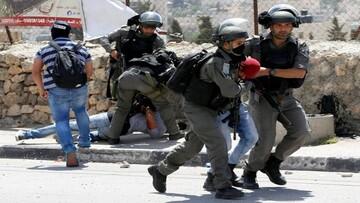 الاحتلال يعتقل فلسطينيين من عدة مناطق بالضفة