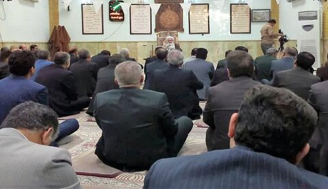 درس اخلاق در محل نماز خانه استانداری کرمانشاه