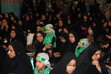 شیرخوارگان حسینیه ایران نذر باب الحوائج شش ماهه شدند