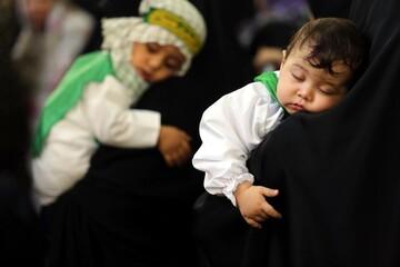 تصاویر/ اجتماع شیرخوارگان حسینی در مسجد مقدس جمکران
