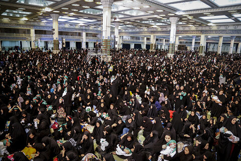 اجتماع شیرخوارگان حسینی در مصلای تهران