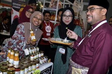 بیش از 60 درصد تولیدکنندگان محصولات حلال در مالزی غیرمسلمان هستند