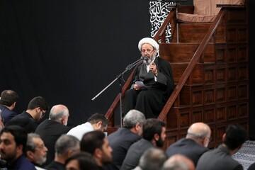 فیلم| مداحی حجت الاسلام جعفر واضحی در حضور رهبر انقلاب