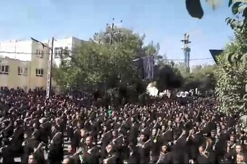 فیلم| «زنجیرزنی جفتی» عزاداران امام حسین(ع) در ابرکوه