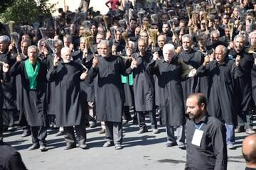 طبل ماتم هیئت 130 ساله«زنجیرزنان جفتی» و « سینه زنان» در ابرکوه