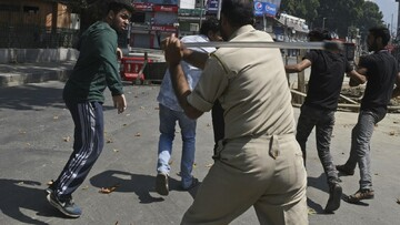 India enforce restriction in Kashmir, bars Shia ceremonies