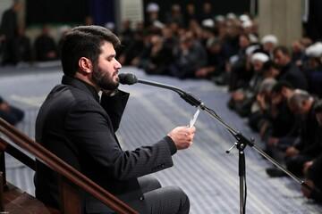 فیلم| مداحی شب تاسوعای میثم مطیعی در حضور رهبر انقلاب