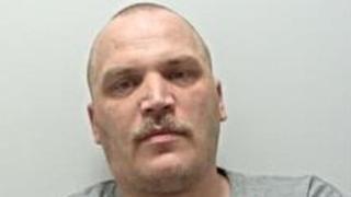 UK man jailed for threats to kill Muslims