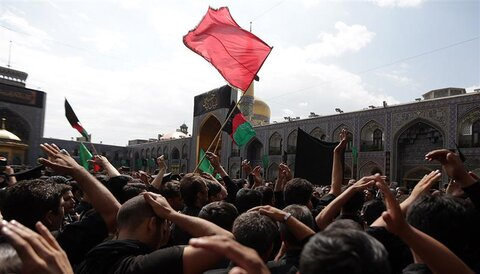 Mashhad, Imam Reza (AS) holy shrine replete with mourners of Tasua