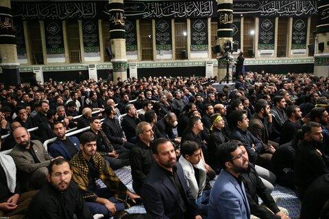 تصاویر/ مراسم عزاداری حضرت اباعبدالله الحسین علیهالسلام در شب عاشورا با حضور رهبر انقلاب