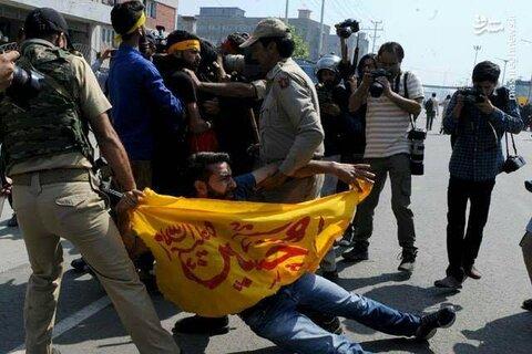 حمله به عزاداران حسینی در کشمیر