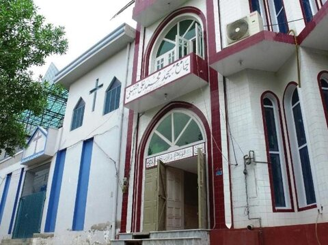 پیوند دوستی 25 ساله کلیسا و مسجد در فیصل آباد پاکستان