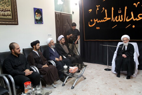 تصاویر/ دیدار مسئولان مرکز فقهی ائمه اطهار(ع) با آیت الله العظمی نوری همدانی