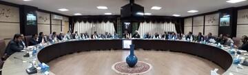انتقاد امام جمعه همدان از عدم وجود انگیزه جدّی برای اصلاح ساختار بانکداری