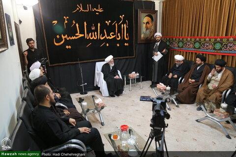بالصور/ مسؤولو المركز الفقهي للأئمة الأطهار (ع) يلتقون بسماحة آية الله نوري الهمداني بقم المقدسة