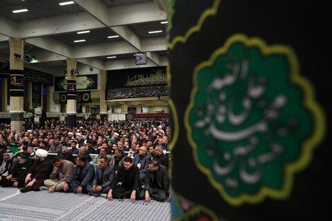 بالصور/ استضافة الإمام الخامنئي لحشد من أصحاب المواكب والخدام الحسينيين العراقيين في مسيرة الأربعين