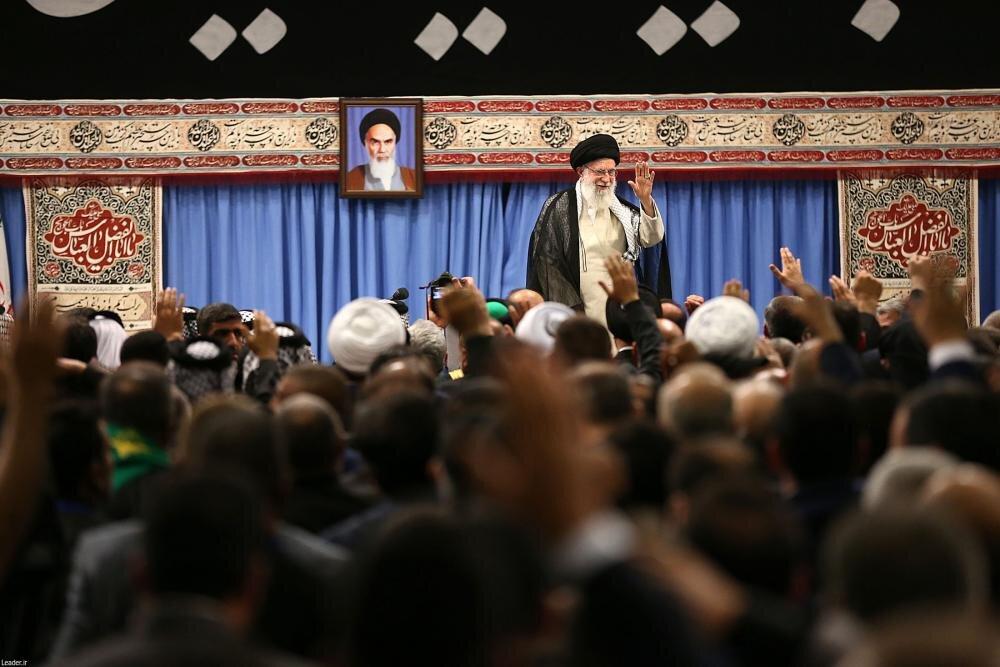 تصاویر/ دیدار جمعی از موکبداران عراقی با رهبر معظم انقلاب