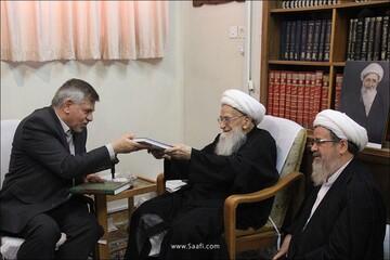 آية الله صافي الكلبايكاني: حب وولاية الأئمة (ع) هما سبب الوئام والوحدة بين الشعبين العراقي والإيراني