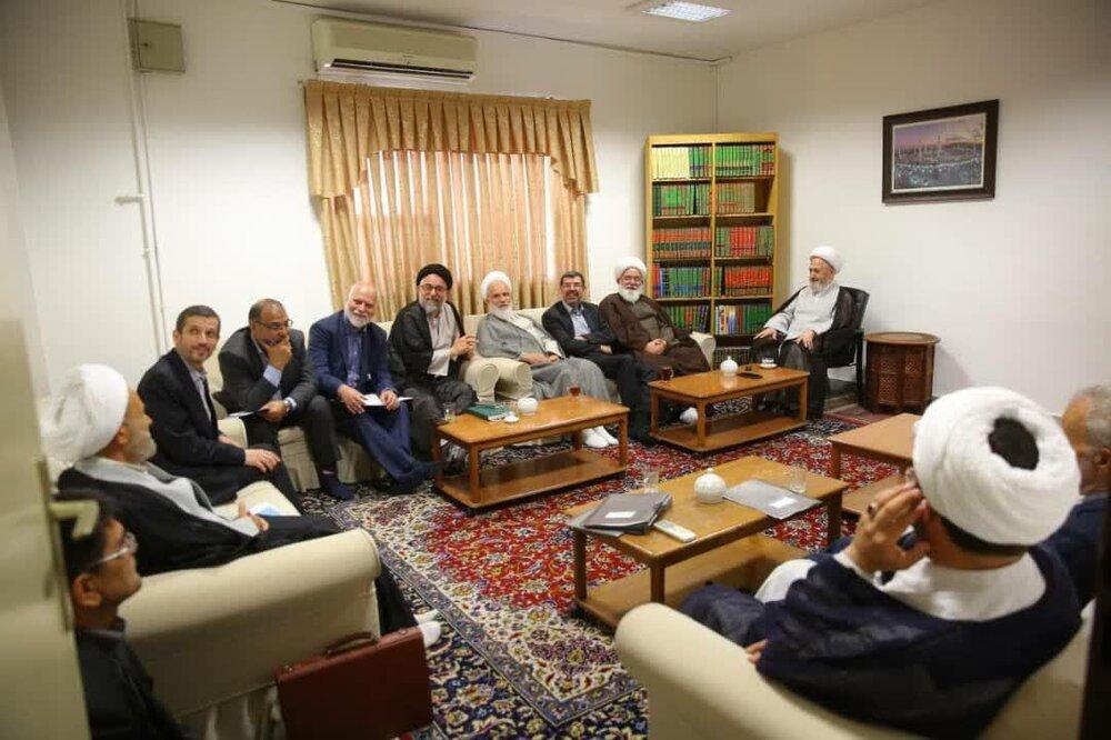 دیدار اعضای شورای عالی الگوی اسلامی ایرانی پیشرفت با مراجع و علما