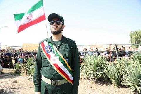 تصاویر/ رژه نیروهای مسلح قم با حضور مدیر حوزههای علمیه
